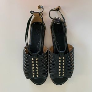 OluKai Black Hikina Leather Strappy Sandals Size 9